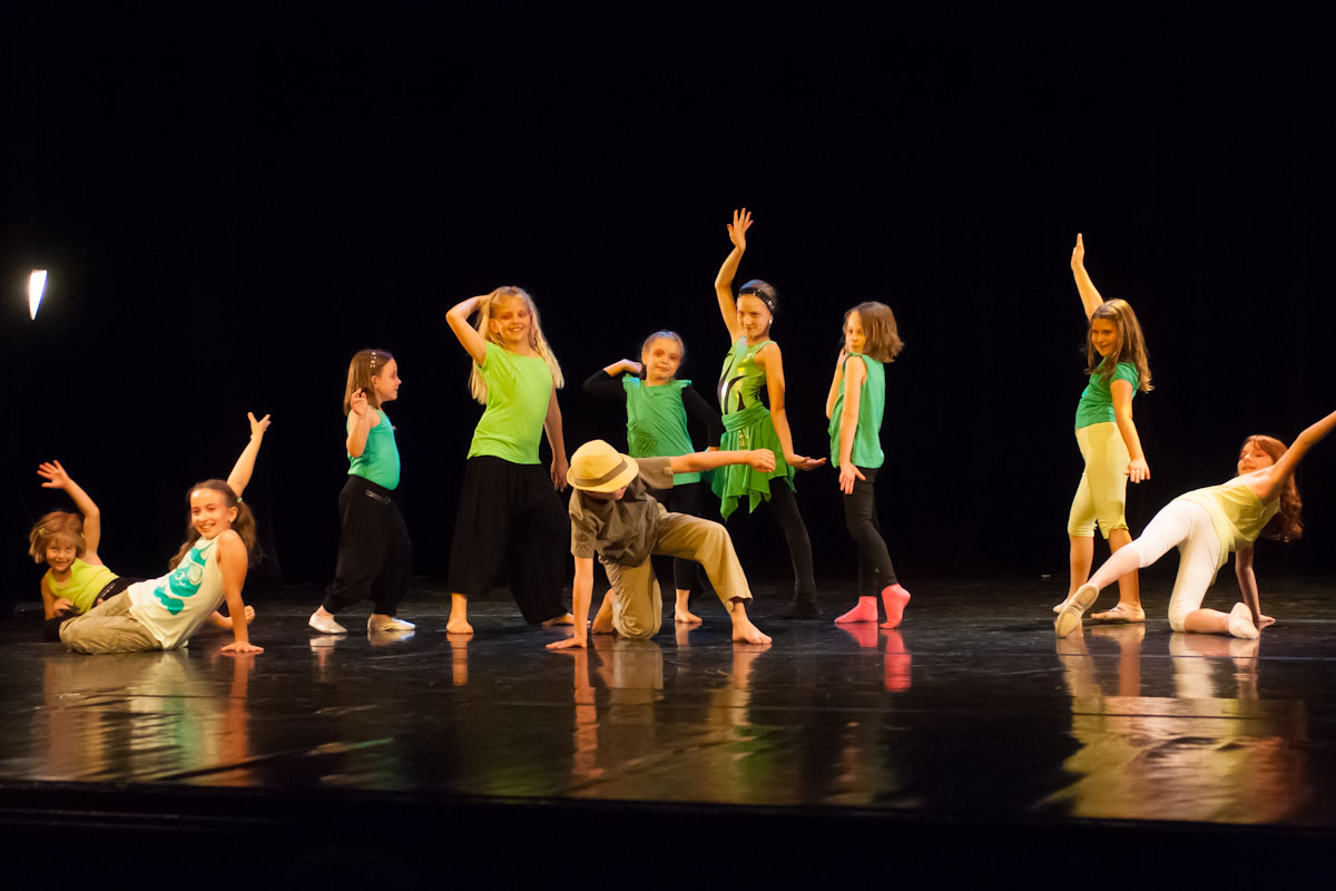 Photo Gallery Modern Dance Children 8 10 Teacher Mal